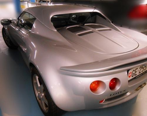lotus-car (500x396)