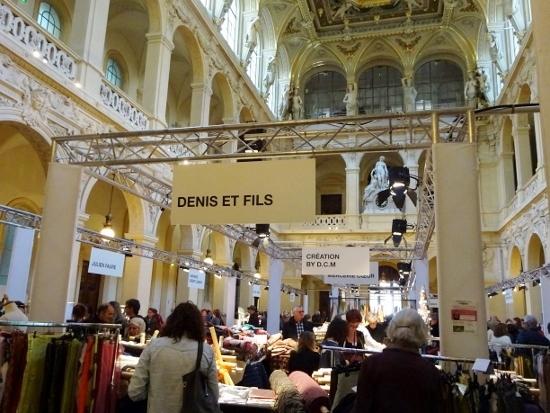 commerce Lyon (550x413)